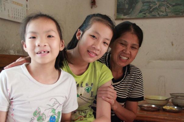 Guangxi foster family friends.