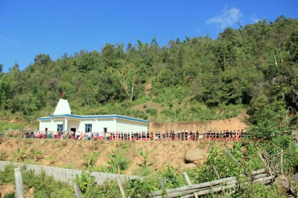 A Lahu church congregation in Yunnan, China.  Photo by Evan Schneider.