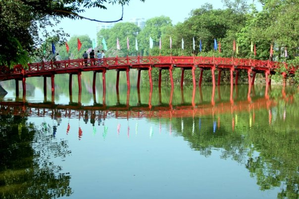 Hoan Kiem Lake, Hanoi.  Photo by Evan Schneider.